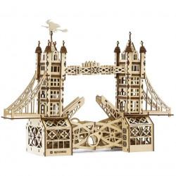 Mr Playwood - Tower Bridge